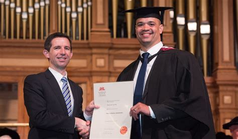 Five Minute Mba by 5 Minutes With Mba Graduate Shaun Wyk Australian