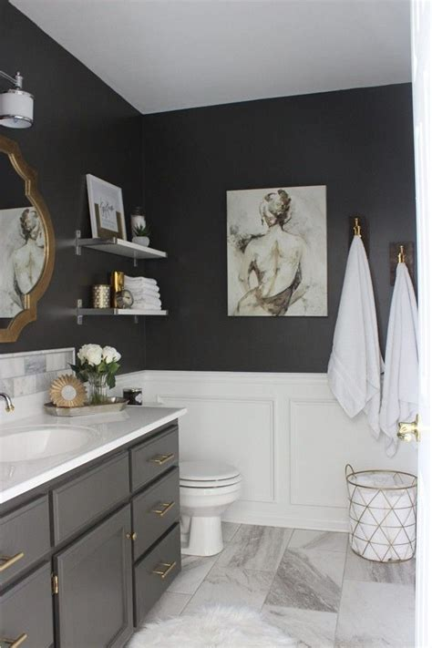 Gray Bathroom Decorating Ideas by Grey And White Bathroom Ideas To Create Comfortable