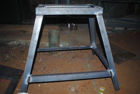 Menengok Proses Pembuatan Meja proses pembuatan mesin pond manual barutino sandal