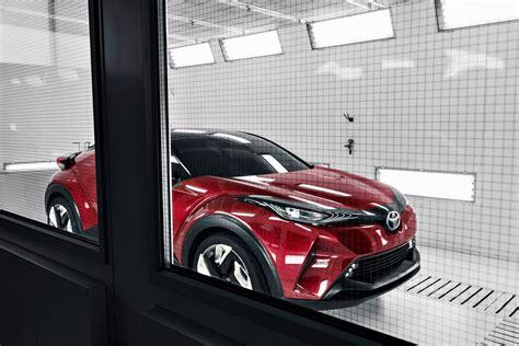Auto L Hr by Salon De Los Angeles Place Au Toyota C Hr Auto Au Feminin