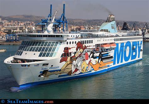 porto livorno partenze portolivorno2000 traghetti