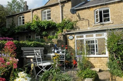 Blockley Cottages by Cottage To Rent In Blockley Character Cottages