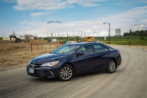 toyota camry xle review 2015 toyota camry xle canadian auto review