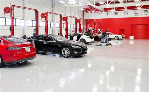 tesla motors offers unlimited battery warranty