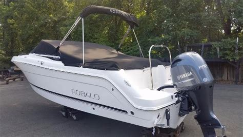 robalo boats r227 robalo r227 dual console boats for sale