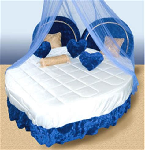 the love bed heart shaped bed