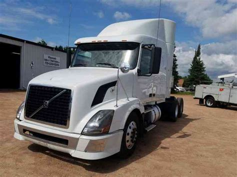 2008 volvo semi truck volvo 630 2008 sleeper semi trucks
