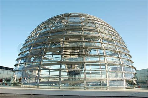 reichstag cupola die kuppel auf dem reichstagsgeb 228 ude in berlin