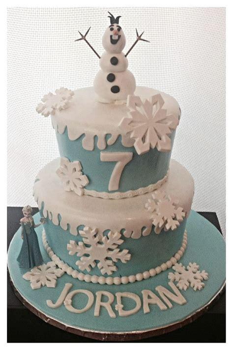 frozen cakes images  pinterest frozen cake frozen birthday  frozen party