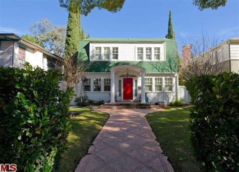 nightmare on elm street house nightmare on elm street house sells for 2 1 million wall street insanity