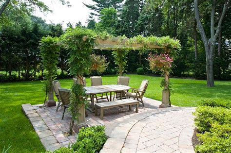 outdoor garden spaces how to design the outdoor dining space