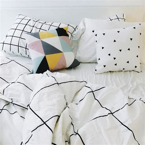 minimalist bedding 17 best ideas about duvet on bed covers bed
