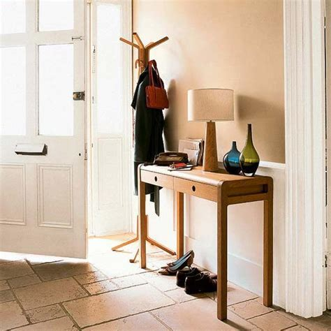 Entryway Console Table 15 Modern Entryway Ideas Bringing Console Tables Into Small Rooms