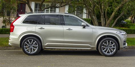 volvo xc  momentum review caradvice