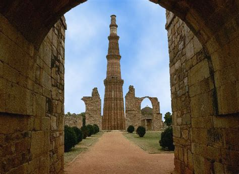 qutub minar biography in english golden triangle tour with elephant festival jaipur indian