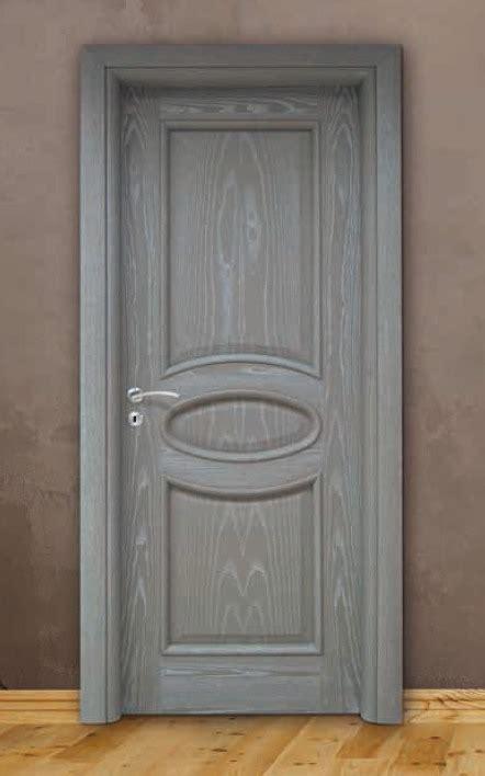 porte grigie top porta per interni in legno grigio decap with porte grigie