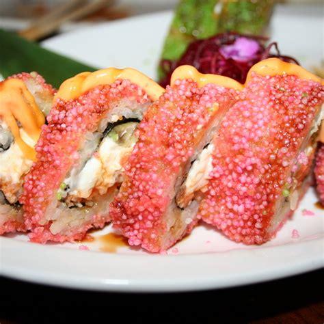 love boat sushi roll kory border foodspotting
