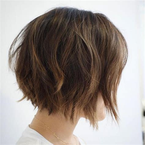chin length bob for pover 50 on pinterest die 25 besten ideen zu frisuren kinnlang auf pinterest
