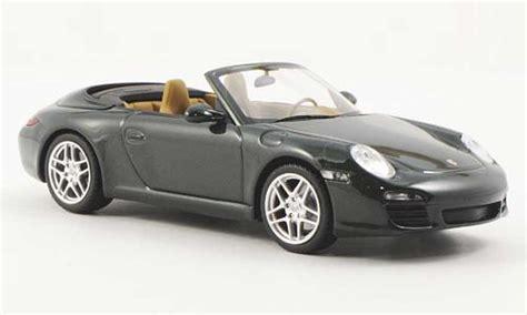 Diecast Miniatur Replika Mobil Porsche 911997 S Coupe porsche 997 cabriolet s green minichs diecast model car