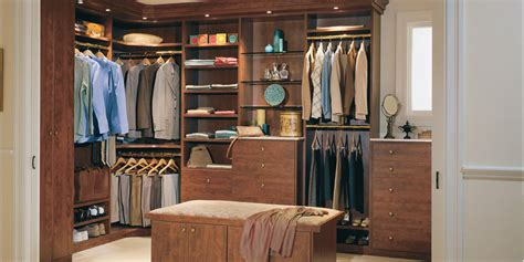 In Your Closet by How To Organize Your Closet In 5 Steps Men S Wardrobe
