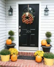 fall front door decorating ideas 67 and inviting fall front door d 233 cor ideas digsdigs
