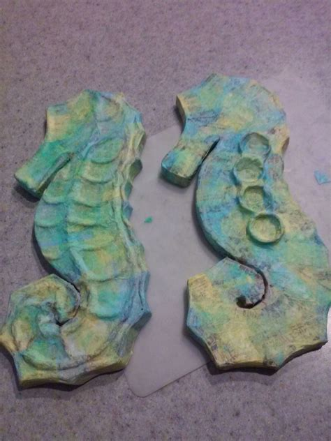 How To Make A Seahorse Out Of A Paper Plate - paper mache seahorses 183 how to make a papier mache model