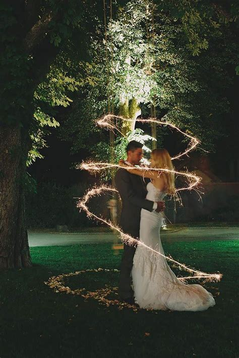 Best 25  Sparkler photography ideas on Pinterest