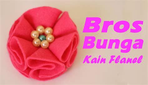 cara membuat bunga pita dari kain flanel cara membuat bros bunga mutiara dari kain flanel youtube