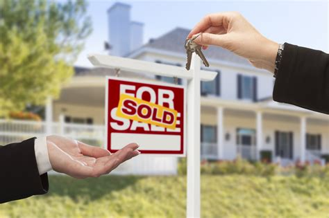 buying and selling a house at the same time how to sell and buy a house at the same time without losing your mind our homes blog