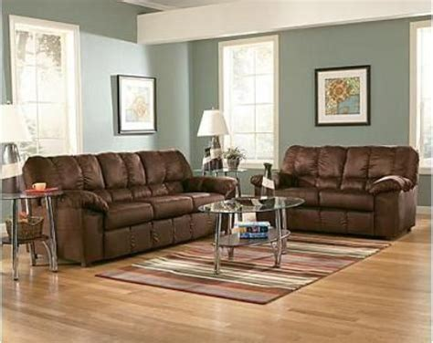 Living Room Colors With Brown Furniture Best 25 Brown Furniture Ideas On Brown Bedroom Walls Brown Upstairs Furniture