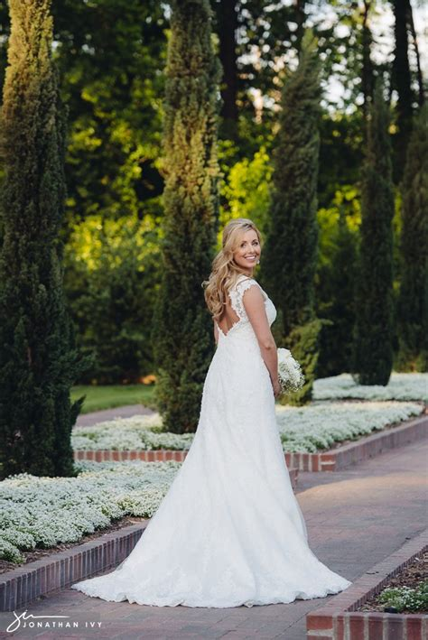Houston Botanical Garden Wedding Mercer Arboretum Botanical Garden Bridal Laurie Jonathan