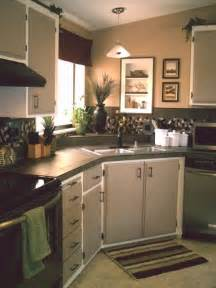 cer trailer kitchen ideas 25 best ideas about mobile home kitchens on
