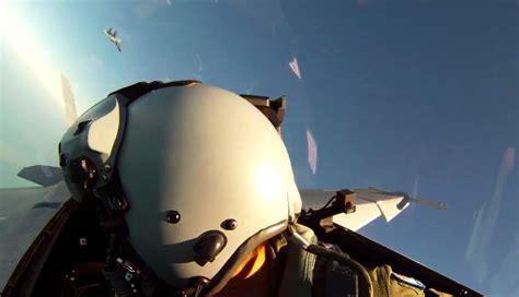 Knalpot Efek Sukhoi Jet Tempur garuda militer jadwal latihan jet tempur sukhoi tak bisa