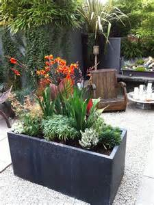 Small Garden Plants Ideas 109 Best Images About Small Gardens On Gardens Sandstone Paving And Raised Beds