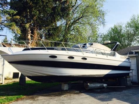 fishing boat kijiji windsor sunrunner ultra 302 cabin cruiser 30ft powerboats