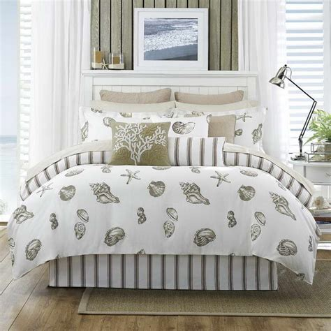 coastal cottage bedroom ideas 9 best images about ideas for master bedroom on pinterest beach cottages master