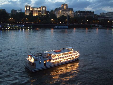 thames river uses movies on the river thames livett s
