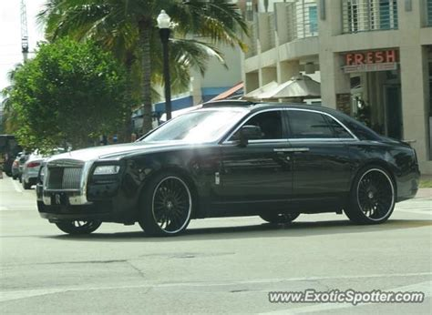 rolls royce in miami rolls royce ghost spotted in miami florida on 12 03