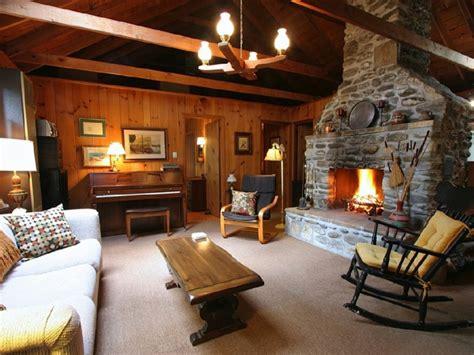 suche wohnzimmermöbel kamin dekor rustikal