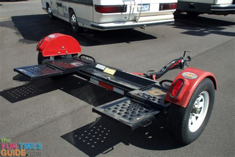 how to tow a car choosing the right rv tow dolly so you can tow a car