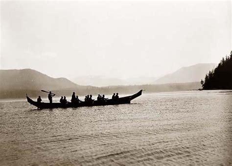 canoes northwest indians 201 northwest coast canoes