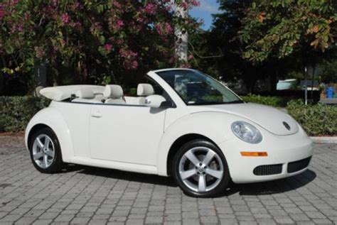 find   volkswagen triple white  beetle convertible   speed automatic  fort