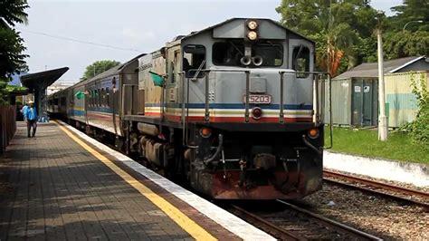 Ktm Komuter Ktm Intercity Class 25 25203 Nilam With Ekspres Rakyat