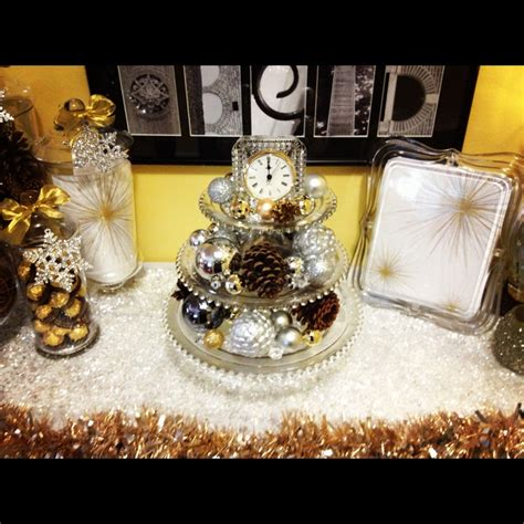 new year s centerpieces new year table decorations photograph new years table deco