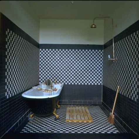 black and white tiled bathroom ideas handsome classic bathroom decorating ideas