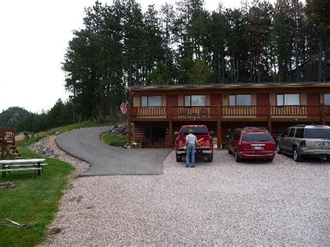 Roadside Grill And Cabins by Deck With Grill Picture Of Mountain View Lodge Cabins Hill City Tripadvisor