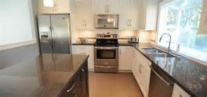 Bungalow Kitchen Ideas Bungalow Kitchen Design Plumgallery Home Design Decorating