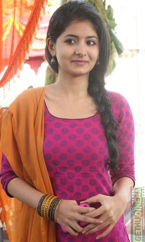 actress reshmi menon latest gallery gethu cinema