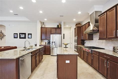 best deal on kitchen cabinets cabinet kingdom best deals on kitchen cabinets in austin tx