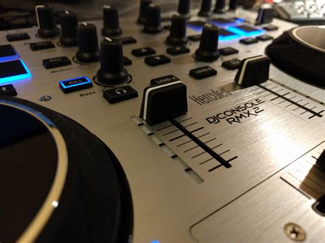 hercules rmx dj console dj console rmx 2 hercules dj console rmx 2 audiofanzine